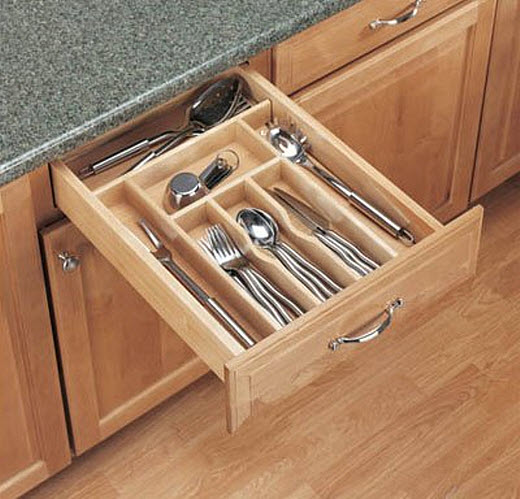 Cutlery drawer divider