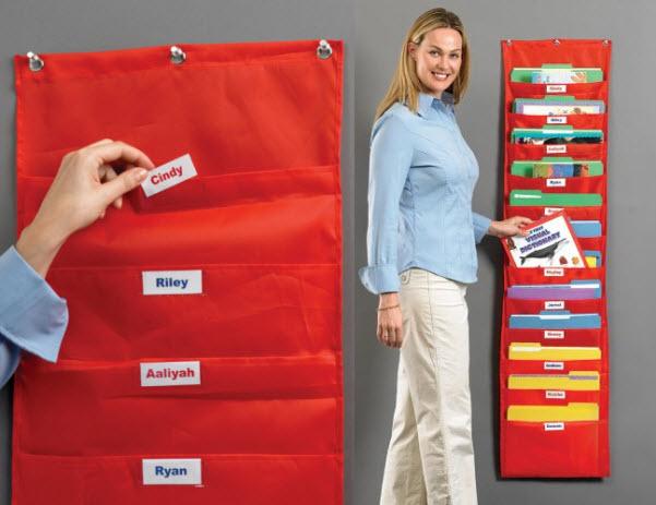 Wall hanging file folders