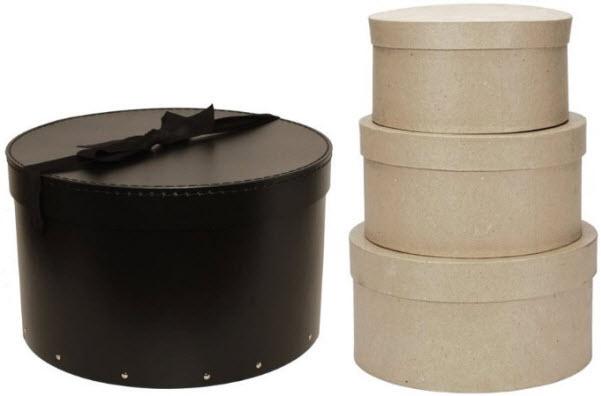 Round cardboard hat boxes