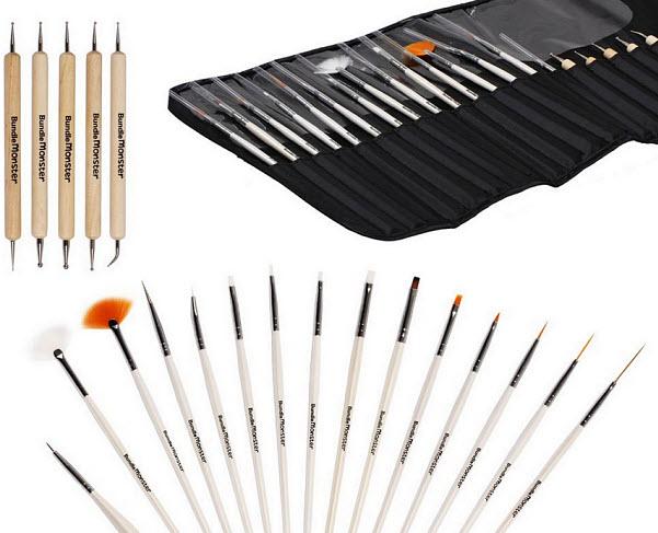 Nail art brushes and dotting tool kit