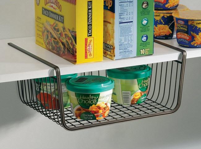 Under-shelf wire basket
