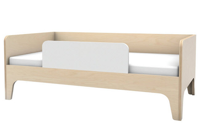 Wood toddler bed with side rail